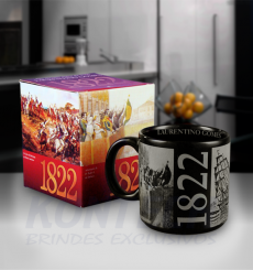 Caneca New Colors 1882